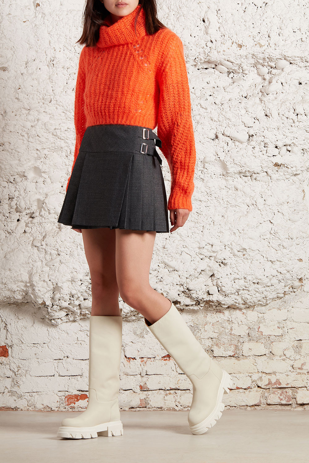 MINI SKIRT WITH BUCKLE - PLANED620440